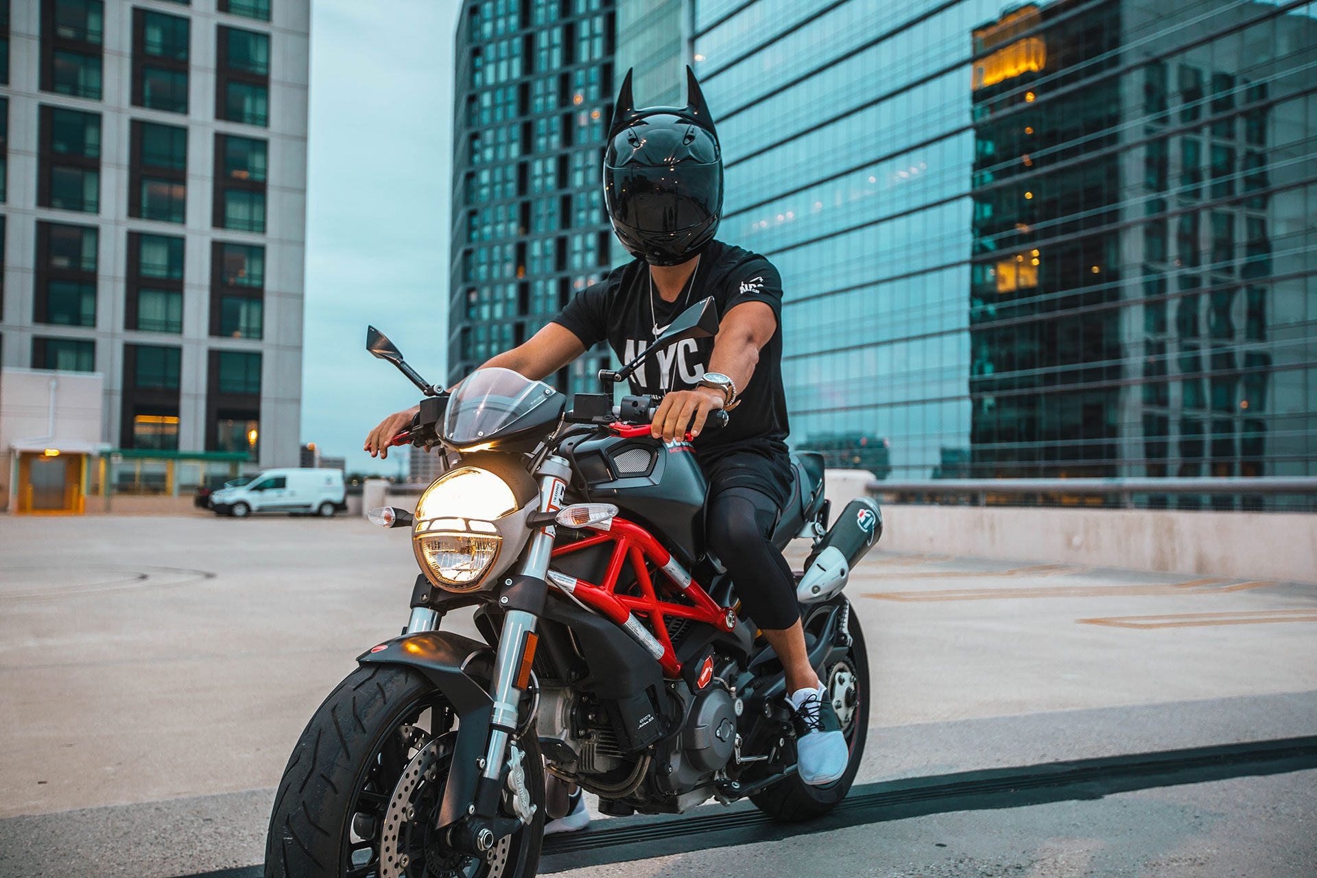 10 Great Adventure Motorcycle Helmets