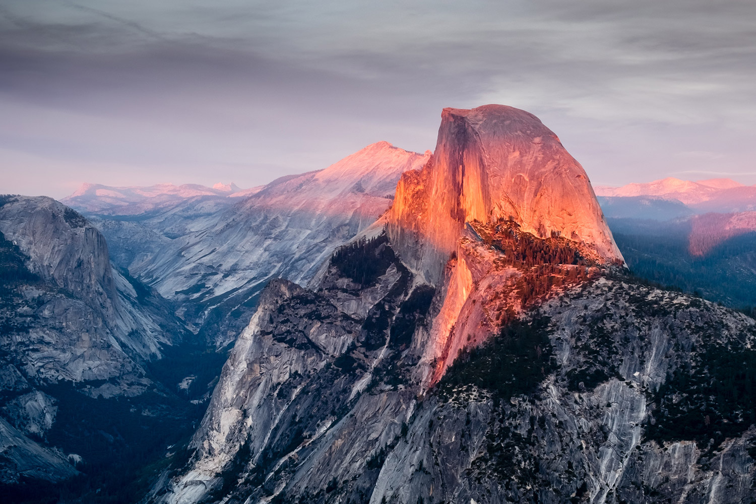 Rare 'Firefall' Returns to Yosemite for Just a Few Weeks This Year